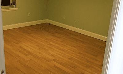 Bedroom, 210 Astor St, 1