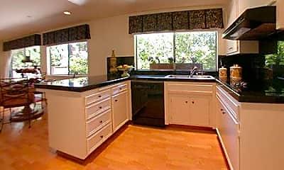 Kitchen, 833 Runningwood Cir, 1
