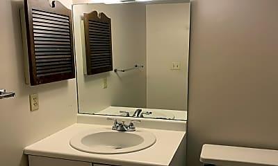 Bathroom, 924 Guyasuta Ln, 0