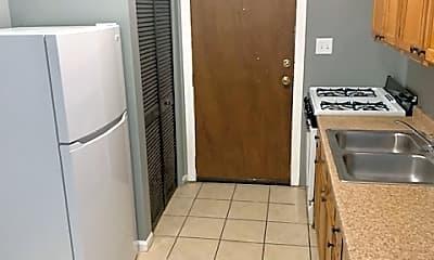 Kitchen, 1517 W 80th St, 2