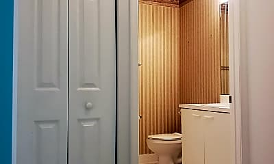 Bathroom, 4128 Pine Ridge Ln, 2