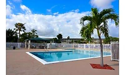 Pool, La Estancia, 1
