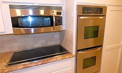 Kitchen, 2776 Leta Mae Cir, 2