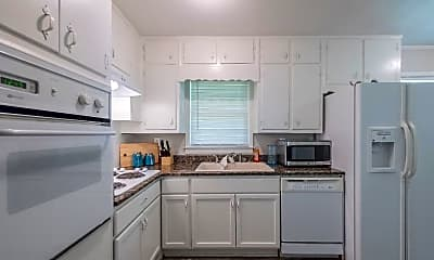 Kitchen, Room for Rent -  a 5 minute walk to bus 30, 0