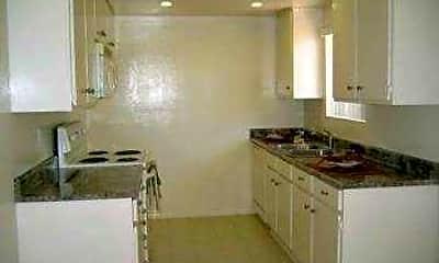 Villa Bonita Apartments, 2