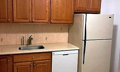 Kitchen, 65-07 Booth St 3, 1