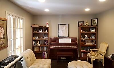 Living Room, 4405 S Sandhill Rd, 0