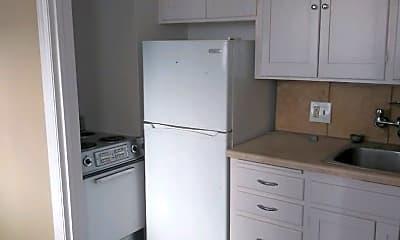 Kitchen, 420 Walnut St, 1
