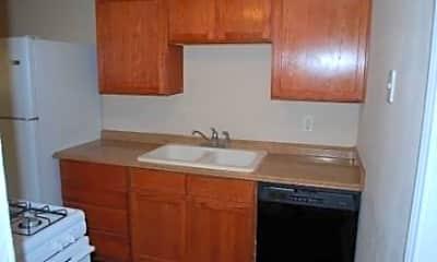 Kitchen, 811 S Mesquite St 6, 1