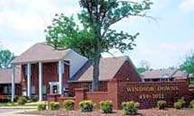Windsor Downs, 2