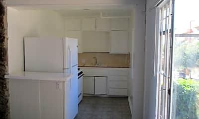Kitchen, 530 Glenrock Ave, 1