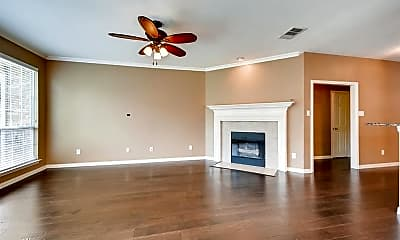 Living Room, 9316 Moncrief St, 1
