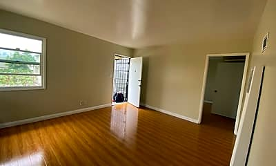 Living Room, 1218 S Harvard Blvd, 1