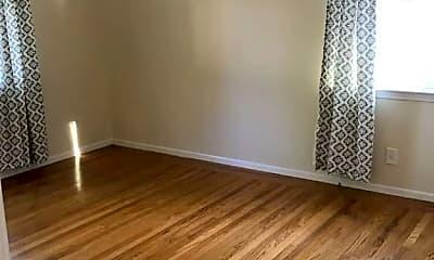 Living Room, 823 S Knickerbocker Dr, 1