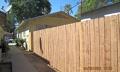 Building, 3840 Locust St, 2