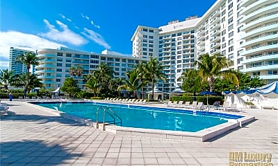 Pool, 5161 Collins Ave 1516, 0