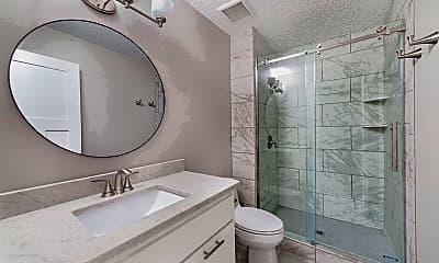 Bathroom, 1601 Cohansey St. #101, 1