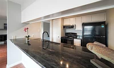 Kitchen, 210 Wilshire Dr B, 0