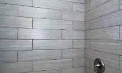 Bathroom, 715 Washington Blvd, 1