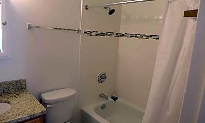 Bathroom, 537 South Dearborn Street, 2
