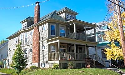 Building, 260 Roosevelt Ave, 1