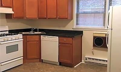 Kitchen, 1041 S Oak Park Ave, 1