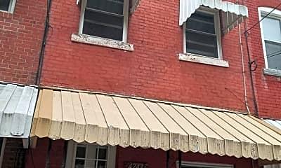Building, 4243 Dunkeld Way, 1