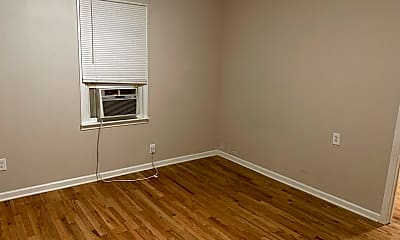 Bedroom, 1811 1st Ave, 2