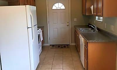 Kitchen, 11 Eleanor Ave, 1