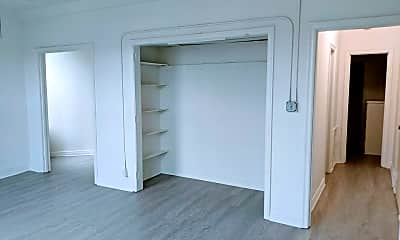 Bedroom, 5870 Franklin Ave, 0