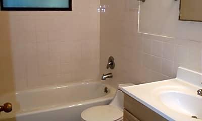 Bathroom, 3003 NE 11th Terrace, 2