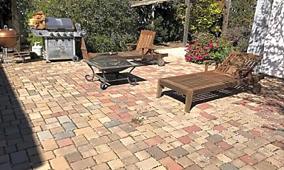Patio / Deck, 382 Gifford Ave, 2