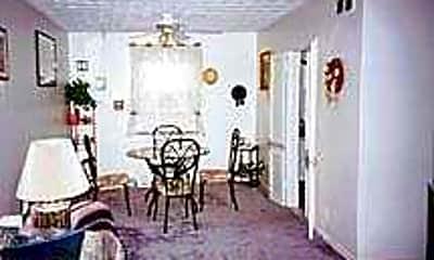 Warren Garden Apartments, 2