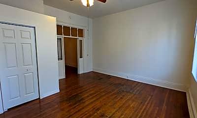 Bedroom, 514 S 5th St, 1