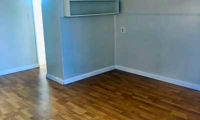 Bedroom, 12111 Hawthorne Way, 2