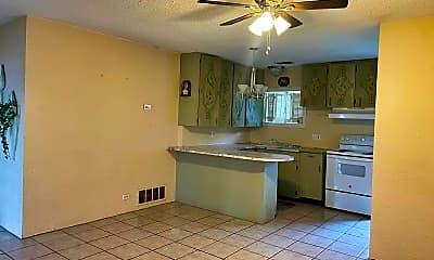 Kitchen, 5274 US-90, 1
