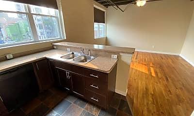 Kitchen, 159 W Pearl St, 2