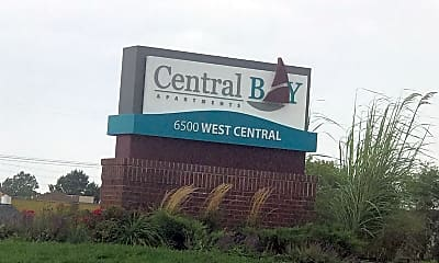 Central Bay Apartments, 1