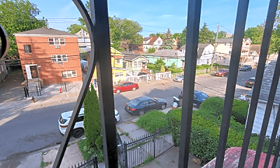 Patio / Deck, 3451 Ely Ave, 1