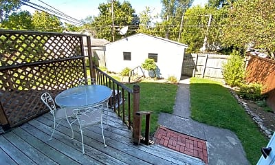 Patio / Deck, 152 W Pacemont Rd, 2