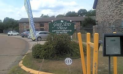 Green Acres Plaza, 1