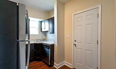 Kitchen, 712 Winston Ave, 1