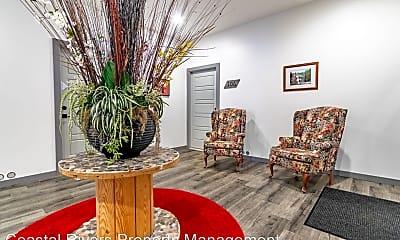 Living Room, 121 E 2nd St, 2