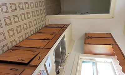 Kitchen, 104 W Hudson St, 2