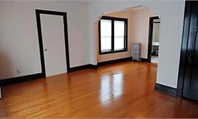 Living Room, 227 E Townsend St, 1