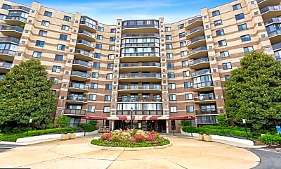 Building, 8370 Greensboro Dr 306, 0