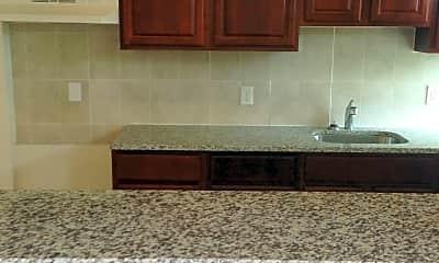 Kitchen, 621 Linnard St, 2