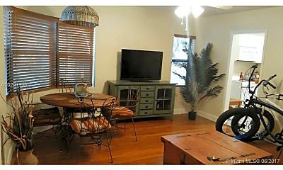 Living Room, 323 Fillmore St, 0