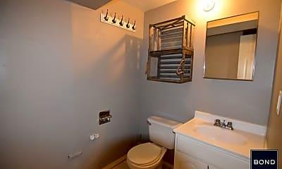 Bathroom, 112 Calyer St, 2