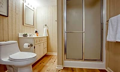 Bathroom, Room for Rent -  a 6 minute drive to bus stop West, 2